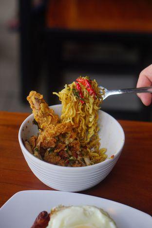Foto 6 - Makanan di Warunk UpNormal oleh Nanakoot