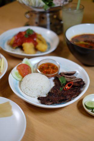 Foto 1 - Makanan di Tomtom oleh Wawa | IG : @foodwaw