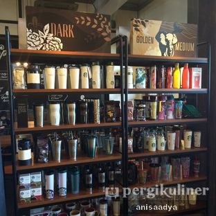 Foto 7 - Interior di Starbucks Coffee oleh Anisa Adya