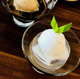Foto coconut pudding di Madame Chang