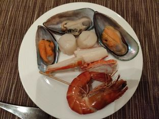 Foto 5 - Makanan di The Cafe - Hotel Mulia oleh Kevin Leonardi @makancengli