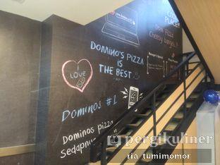Foto 1 - Interior di Domino's Pizza oleh riamrt