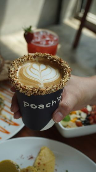 Foto review Poach'd Brunch & Coffee House oleh Theodora  2