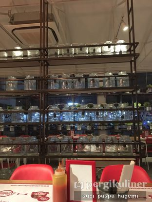 Foto 1 - Interior di Holycow! STEAKHOUSE by Chef Afit oleh Suci Puspa Hagemi