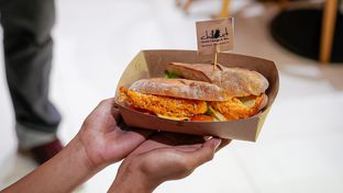 Foto 8 - Makanan di Chillout oleh deasy foodie