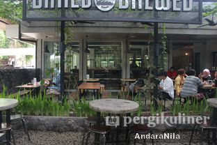 Foto 6 - Eksterior di Baked & Brewed Coffee and Kitchen oleh AndaraNila