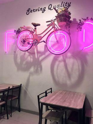 Foto 8 - Interior di Dessert Cafe oleh Prido ZH