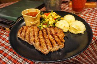 Foto 1 - Makanan(Sirloin Ala Suis Prime) di Suis Butcher oleh Fadhlur Rohman