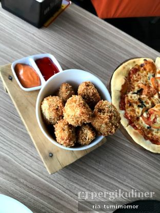 Foto 5 - Makanan di Bounce Cafe oleh riamrt