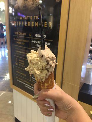 Foto 1 - Makanan di La Ricchi Ice Cream oleh Wawa | IG : @foodwaw
