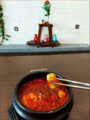 Foto 8 - Makanan(Sundubu Jigae) di Mukbang Kitchen & Coffee oleh Alvin Johanes