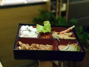 Foto 1 - Makanan di Peco Peco Sushi oleh Amrinayu