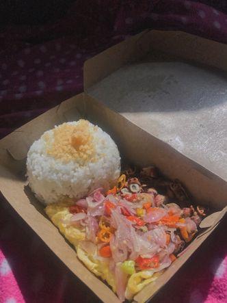 Foto Makanan di Nasi Telur Babak Belur