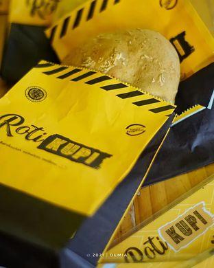 Foto review Roti Kupi oleh @demialicious  2