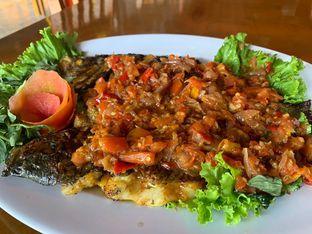 Foto 2 - Makanan(Gurame Rica Gami) di Rumah Makan Torani oleh hasan soebrani