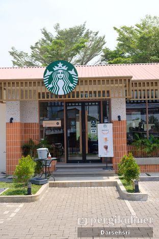 Foto review Starbucks Coffee oleh Darsehsri Handayani 7