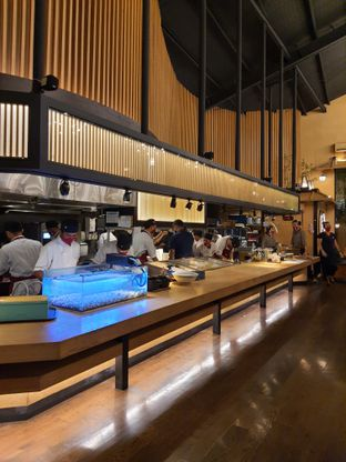 Foto 3 - Interior di Okuzono Japanese Dining oleh @christianlyonal