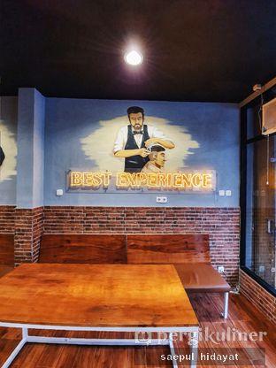 Foto 2 - Interior di Tuxedo Coffee oleh Saepul Hidayat