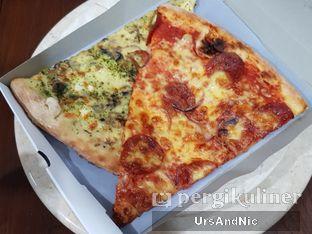 Foto 1 - Makanan di Pizza Place oleh UrsAndNic