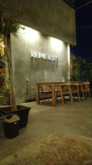 Foto review Republika Cafe & Resto oleh Putra  Kuliner  1
