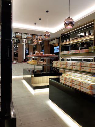 Foto 2 - Interior di D' Cika Cake & Bakery oleh Reza  Imam Pratama