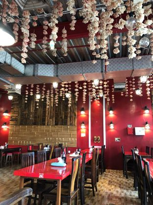 Foto 8 - Interior di Universal Noodle Ichiro Ochazuke Ramen oleh @Perutmelars Andri