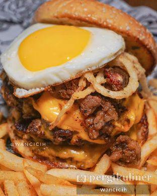 Foto - Makanan di Lawless Burgerbar oleh Wanci | IG: @wancicih