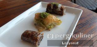 Foto 3 - Makanan di Mardin Baklava Patisserie oleh Ladyonaf @placetogoandeat