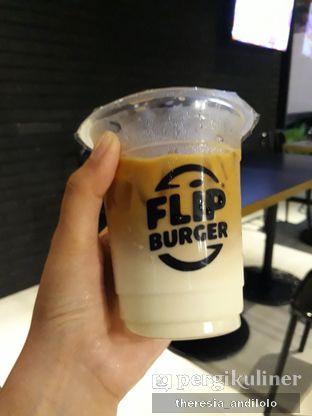 Foto 6 - Makanan di Flip Burger oleh IG @priscscillaa