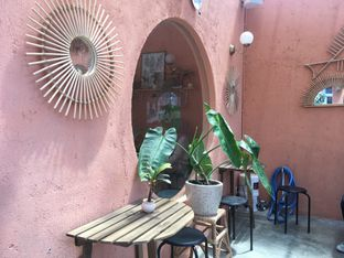 Foto 4 - Interior di Tropikal Coffee oleh Mola Hidratinum