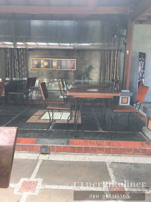 Foto 6 - Interior di Kedai Nyonya Rumah oleh a bogus foodie