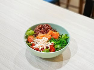 Foto - Makanan(Customized poke bowl) di Spinfish Poke House oleh foodstory_byme (IG: foodstory_byme)