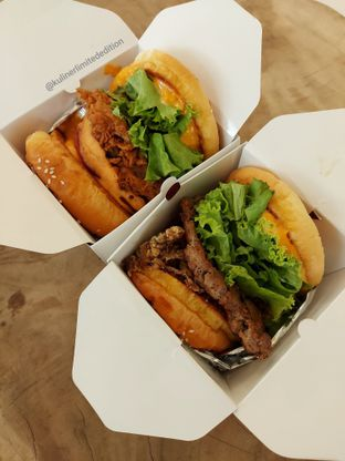 Foto review WoodFire Gourmet Burger oleh Kuliner Limited Edition 1