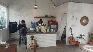 Foto 4 - Interior di Signal Coffee oleh Rachmat Kartono