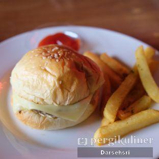 Foto review Whatever Restaurant oleh Darsehsri Handayani 5