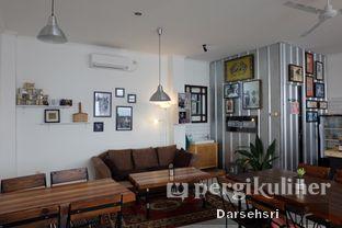 Foto 9 - Interior di Mumule Coffee oleh Darsehsri Handayani