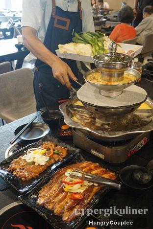 Foto - Makanan di Fire Pot oleh Hungry Couplee