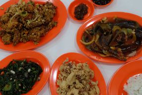 Foto Seafood Trisulo 234