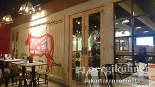 Foto 1 - Interior di Holycow! STEAKHOUSE by Chef Afit oleh Jakartarandomeats
