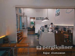 Foto 1 - Interior di Work Coffee oleh Fajar | @tuanngopi