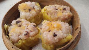 Foto 10 - Makanan di Dimsum Benhil oleh Review Dika & Opik (@go2dika)