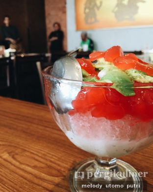Foto 3 - Makanan(es merah delima) di Sate Khas Senayan oleh Melody Utomo Putri