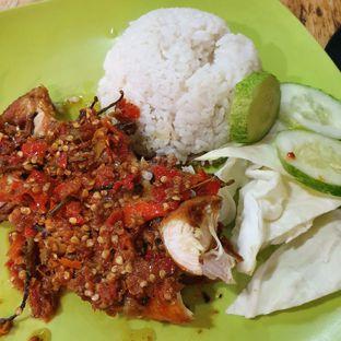 Foto review Ayam Penyet Raja Sambel oleh Adhy Musaad 2