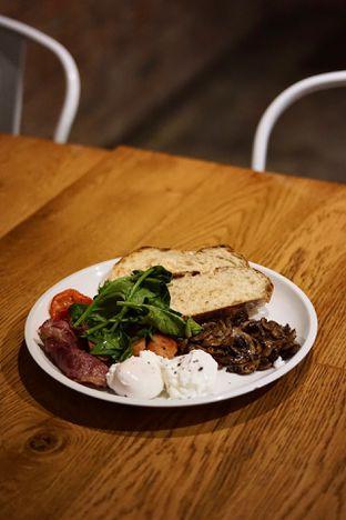 Foto 3 - Makanan(Big Brekky) di Two Hands Full oleh Fadhlur Rohman