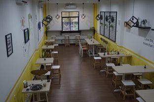 Foto 15 - Interior di Koma Cafe oleh yudistira ishak abrar