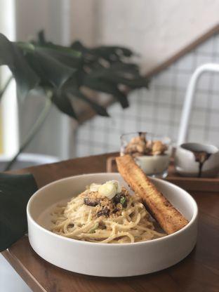 Foto 10 - Makanan(Spaghetti Lidah) di Twin House oleh YSfoodspottings