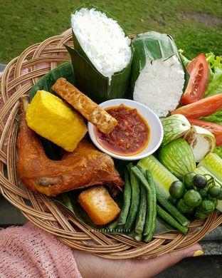 Foto 2 - Makanan di Maximo Resto & Garden - Puri Setiabudhi Residence Hotel oleh @mizzfoodstories