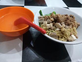 Foto Makanan di Bakmi Lung Kee