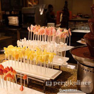 Foto review Satoo Garden Restaurant & Lounge - Hotel Shangri-La oleh Darsehsri Handayani 32