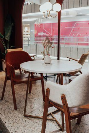 Foto 12 - Interior di 11:11 Coffee oleh Indra Mulia